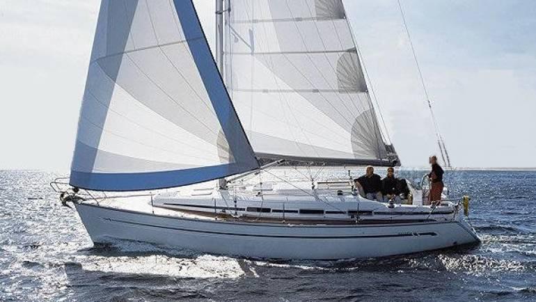 Bavaria Cruiser 36-2 cabin