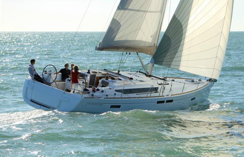 Istion_Yachting_Sun-Odyssey-469-b.jpg