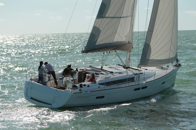 sun-odyssey-469sailing-Jeanneau_SO_469_0001_sailing.normal.jpg